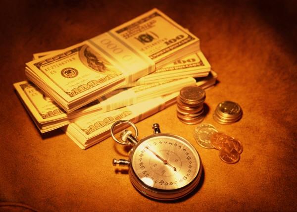Корпоративните кредити по време на кризата и какво да очакваме през 2014-та?